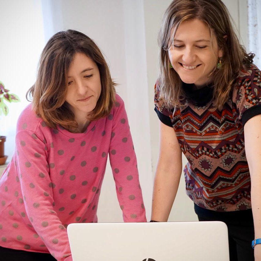 Cristina y Pilar, talleres para adolescentes | Familiae Psicología en Madrid y Santiago